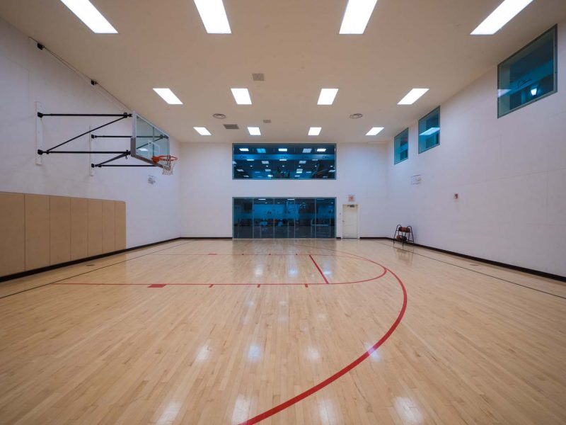 This image shows the premium community amenities, showing the ideal Indoor basketball court that was good for residents who don't want to play directly to the sun.