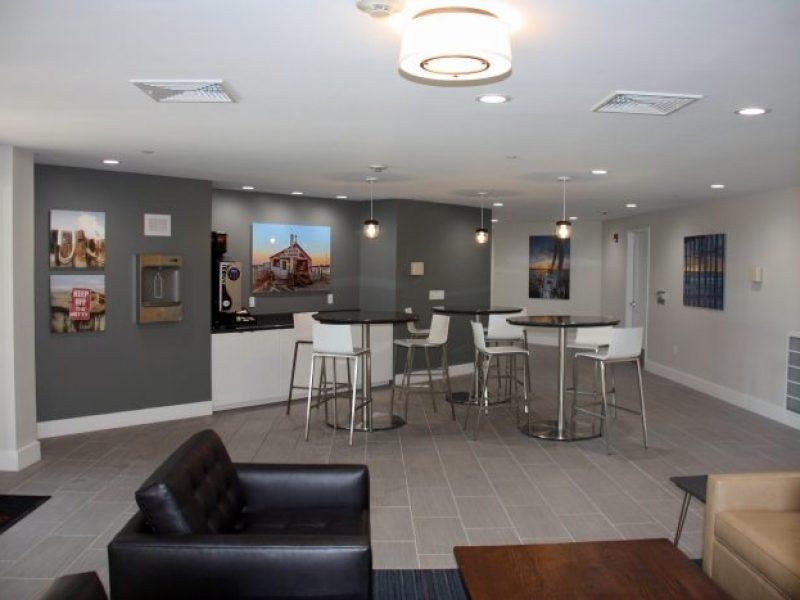TGM Anchor Point Apartments Café Lounge 4